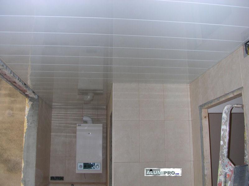 Falso techo de aluminio para cocina for Techos para cocinas