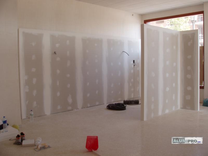 Instalaci n de tabiquer a pladur en local comercial - Muebles pladur para salon ...