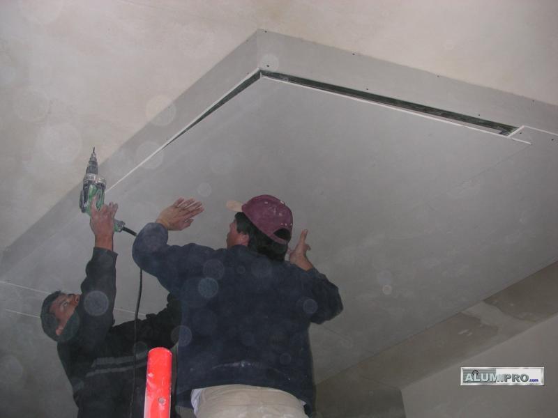 Proceso de instalaci n de falso techo pladur para local - Plancha de pladur ...